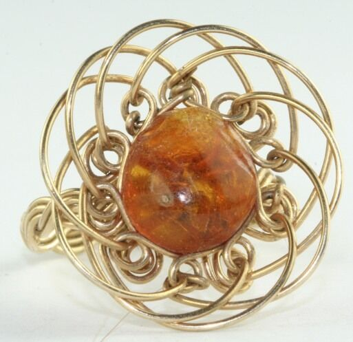 VINTAGE GOLD FILLED WIRE WRAP AMBER LADIES RING SIZE 7