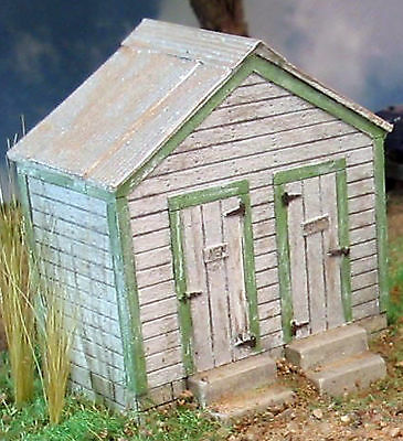 TWO DOOR OUTHOUSE HO Model Railroad Structure Resin Kit FR1271