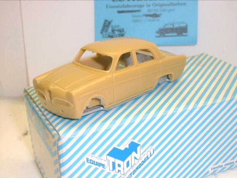 Tron p58  ALFA ROMEO GIULETTA, CAR nº 45 tour de France 1959