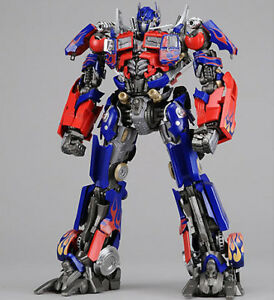 TRANSFORMERS-3-DOTM-Movie-Dual-Model-1-35-DMK01-Optimus-Prime-PRE-PAINTED-DMK-01