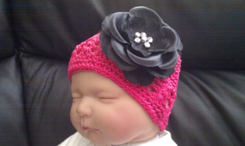 BABY GIRL CROCHET COTTON HAT WITH LARGE 4 INCH DIAMONTE FLOWER 0-12 MONTHS