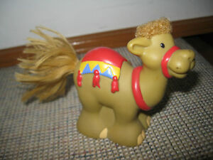 Fisher-Price-Little-People-Touch-amp-Feel-Nativity-Camel-Christmas-Manger-fuzzy