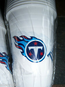 24-16-oz-Tennessee-Titans-Reusable-Plastic-Cups