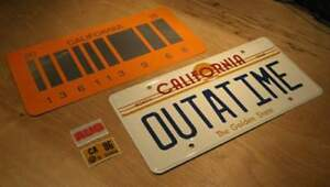 Back-To-The-Future-OUTATIME-2015-License-Plate-Combo