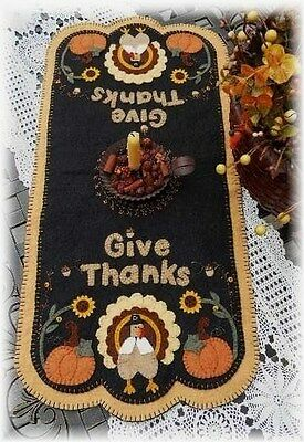 ~*Give Thanks*~ Thanksgiving Penny Rug runner *PATTERN*