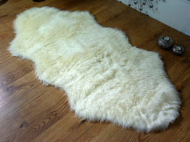 Cream Ivory faux fur double sheepskin style rug 70x140