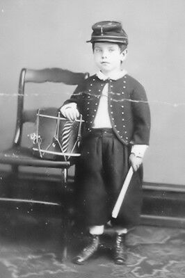 New 5x7 Civil War Photo: Little Union - Federal Drummer Boy, 1862