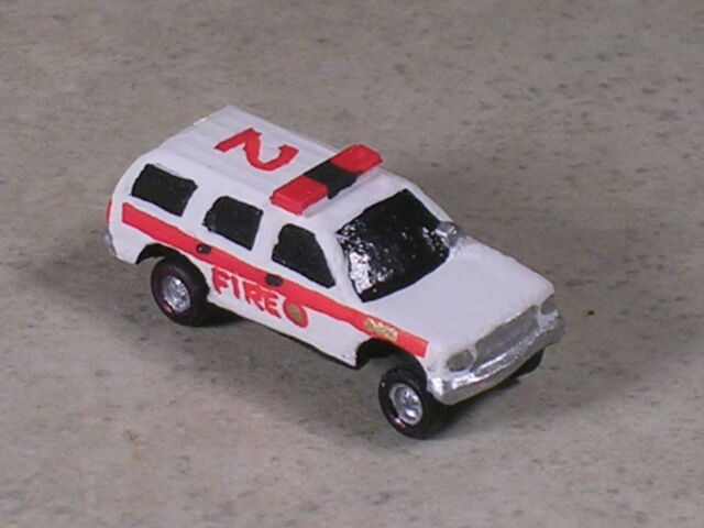 N Scale 2004 Fire Department Command SUV #2