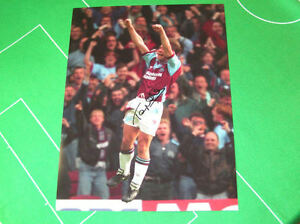 West-Ham-United-Tony-Cottee-Signed-Giant-Goal-Celebration-Photograph