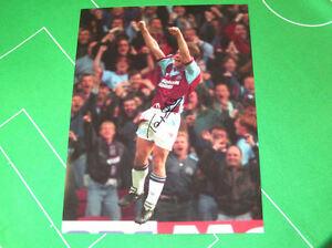 West-Ham-United-Tony-Cottee-Signed-Giant-Goal-Celebration-Photograph
