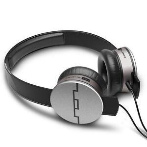 SOL-REPUBLIC-Tracks-HD-On-Ear-Headphones-Black
