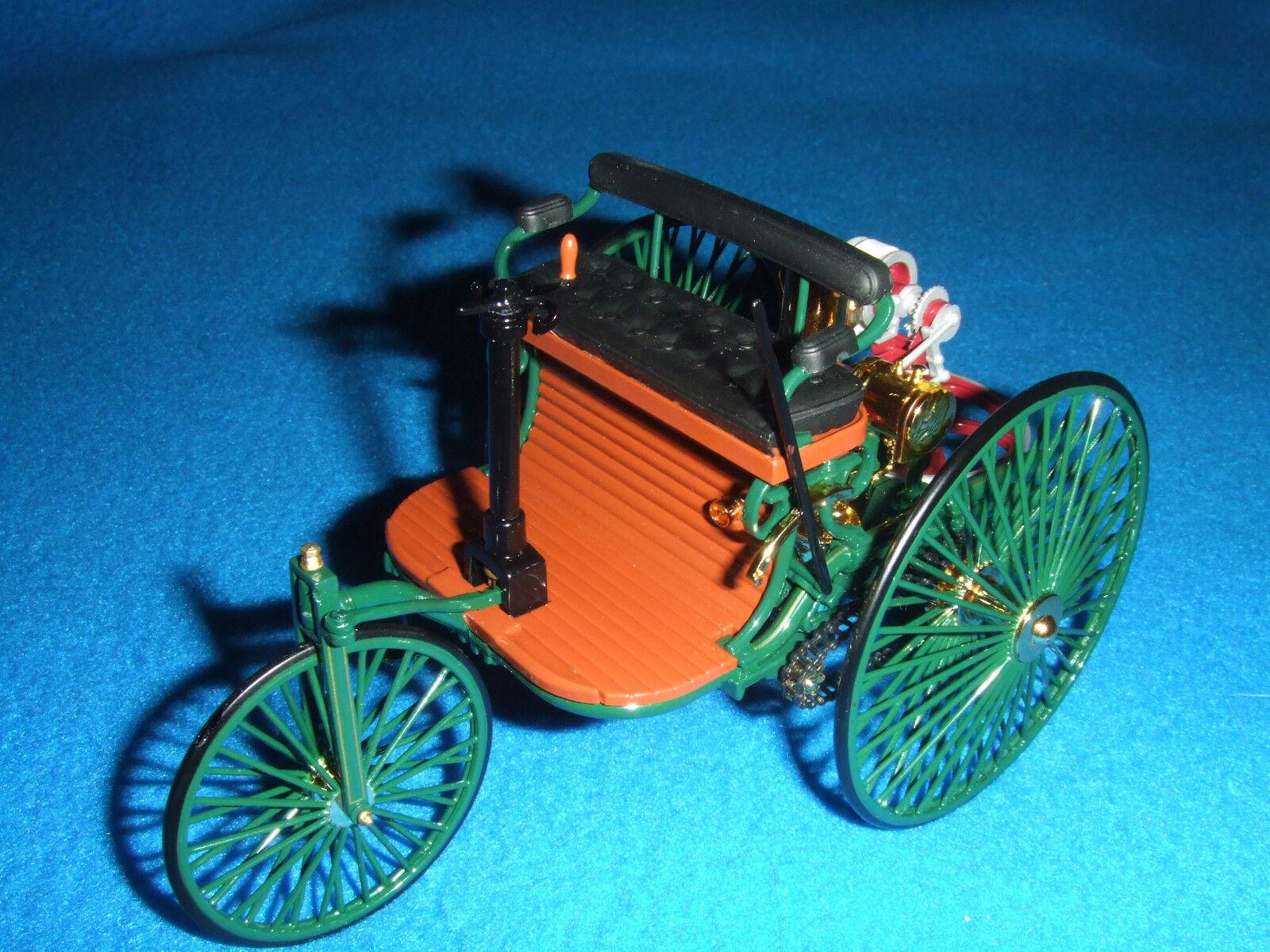 Benz brevet Moteur Voiture 1 18 Nouveau neuf dans sa boîte