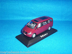 Mercedes-Benz-Viano-Bus-equipage-Bus-6-places-Velverot-Rouge-1-43-Minichamps