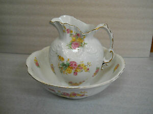 Beautiful-RARE-Antique-Royal-Chelsea-England-Water-Pitcher-Basin-Bowl-Flowers