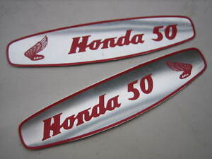 Pair-HONDA-50-C100-CA102-C102-CA100-C50-Side-Fuel-Gas-Tank-Aluminum-Emblem-Decal
