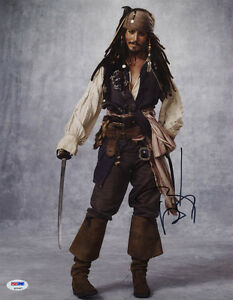 Johnny-Depp-SIGNED-11x14-Photo-Captain-Jack-Pirates-of-the-Caribbean-PSA-DNA