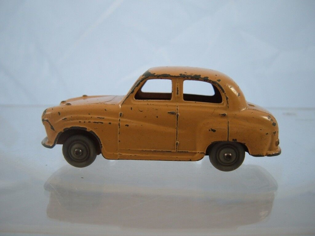 DINKY TOY 160 160 160 AUSTIN A30 IN USED VINTAGE (SEE PHOTOS) 5d4ec0