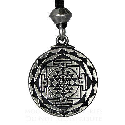 Sri Yantra Great Wealth Hindu Goddess Pendant Amulet talisman jewelry yoga