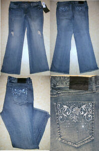 NWT SEVEN 7 LUXE EMBROIDERED CRYSTAL FLARE JEANS WOMENS