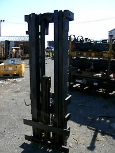 4775M1028-Clark-Forklift-Triple-Mast-Upright-187-Lift-New-Complete-w-Carriage