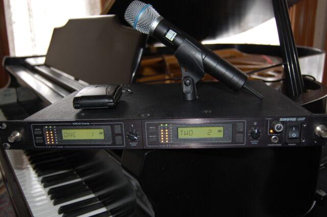 Shure U4D Dual Handheld Wireless Microphone System UA U2 Beta87