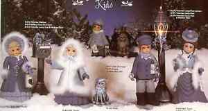 17-PC-034-SUGARPLUM-034-LARGE-CAROLER-SET-CERAMIC-BISQUE