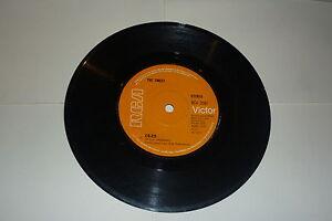 THE-SWEET-Co-Co-Rare-orange-RCA-Victor-label-2-track-7-034-Vinyl-Single