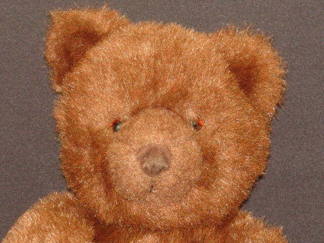 VINTAGE 1983 GUND COLLECTORS CLASSIC BROWN LEATHER NOSE TEDDY BEAR PLUSH