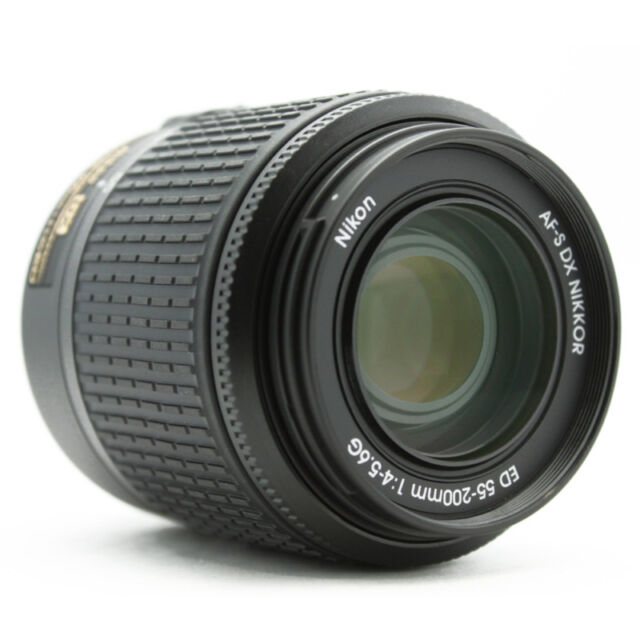 Beautiful Nikon 55-200mm AF-S VR DX ED Lens + Warranty