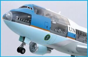 Brand-New-1-144-AIR-FORCE-ONE-747-400-Project-Cutaway-Dragon-Models