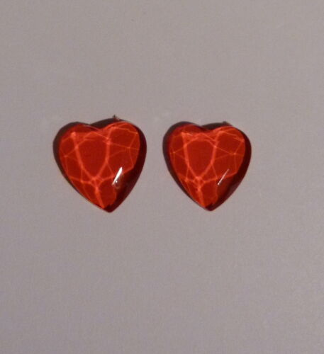 IDEAL FOR CHILDRERN OR ADULTS MAGNETIC RED HEART EARRINGS