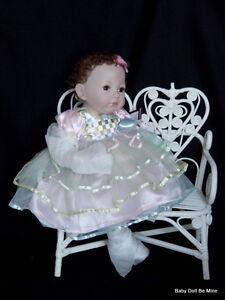 New-in-Box-Ashton-Drake-Baby-Ella-Doll-by-Dianna-Effner-19-034