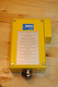 Sick-Optic-Electric-WSU-26-2-220-Photoelectric-Sender