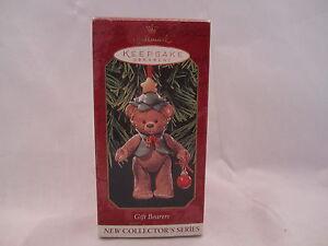 Hallmark-Keepsake-Ornament-Gift-Bearers-1st-in-Series-Dated-1999