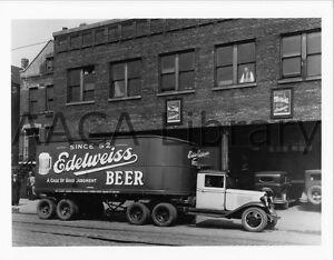 1932-Chevrolet-Tractor-Trailer-Truck-Beer-Factory-Photo-Ref-32241