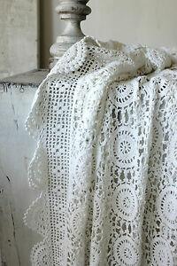Vintage-French-crochet-bed-cover-coverlet-bedspread-lace-handmade-LARGE