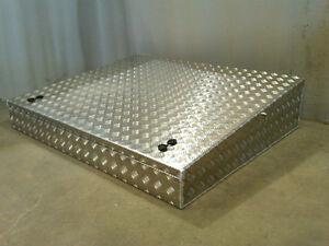 Large-Aluminium-roof-rack-wedge-roof-rack-box-Landrover-Land-Rover-alloy-storage