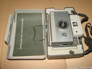 Antique-Collectible-Year-1960-Vintage-Polaroid-Automatic-103-Land-Camera