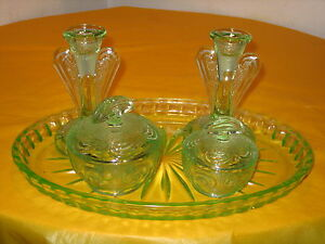 ART-DECO-GREEN-GLASS-DRESSING-TABLE-SET-2-1-355