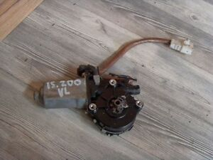 Lexus-IS200-IS-200-IS300-Fensterheber-Motor-vorne-links-85710-53020-Window-Motor