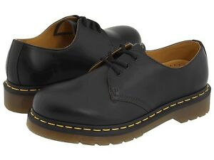 dr martens men's 1461 black smooth leather casual oxford