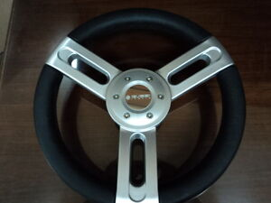 New-OEM-Gussi-Boat-Steering-Wheel-Brushed-Aluminum-with-Urethane-Rim