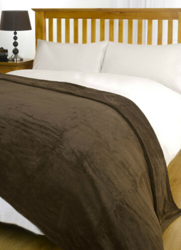 Range of Colours Super Soft Snug and Cosy Fleece Blanket Throw