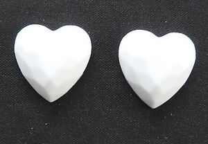 WHITE-HEART-EARRINGS-CHOICE-OF-FIXING-MAGNETIC-CLIP-ON-OR-STUD