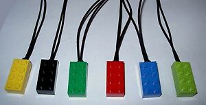 BOY-OR-GIRL-BIRTHDAY-PARTY-FAVORS-GIFT-20-LEGO-BRICK-BLOCK-NECKLACE-PENDANCE