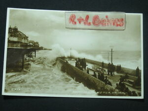 Rough-Sea-Palace-Pier-Brighton-Sussex-1935-R-P