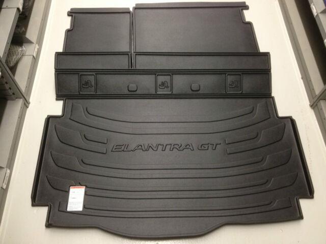 2013 Genuine Hyundai Elantra GT hatchback Cargo Tray trunk area protection