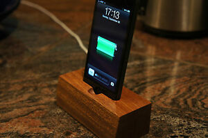 Iphone-5-Mahogany-wooden-docking-station-dock-charging-station