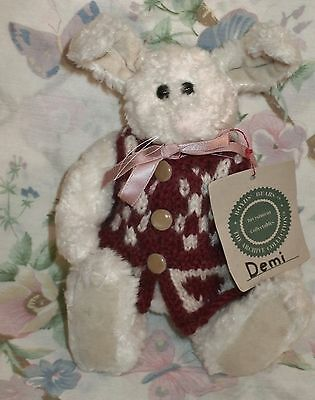 "BOYDS BEARS 10"" WHITE CHENILLE BUNNY RABBIT HARE DEMI II MWT IN HEART SWEATER"