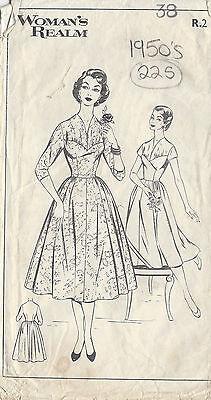 "1950s Vintage Sewing Pattern DRESS B38"" (225)"